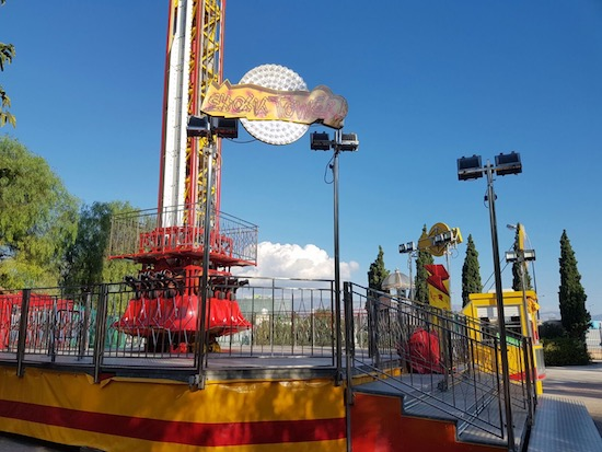Carnival Rides : Shock Tower