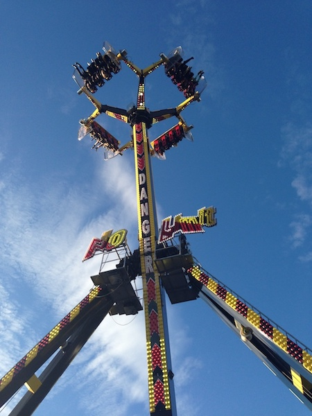 Carnival Rides : Loop Fighter