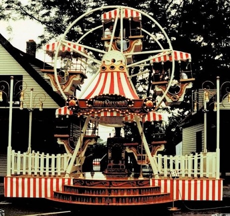 Amusement Rides : Victorian wheel