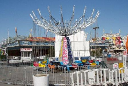 Carnival Rides : Musical chairs